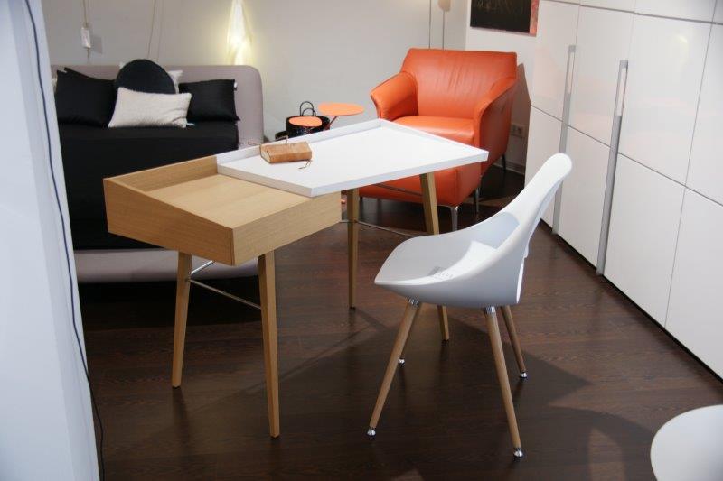 ligne roset litho schreibtisch richard maurer wohndesign. Black Bedroom Furniture Sets. Home Design Ideas